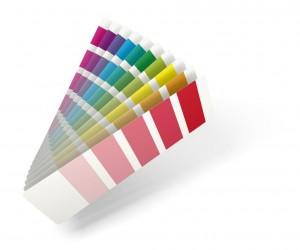 Jeu d'enfant : chercher les couleurs dans une pièces
